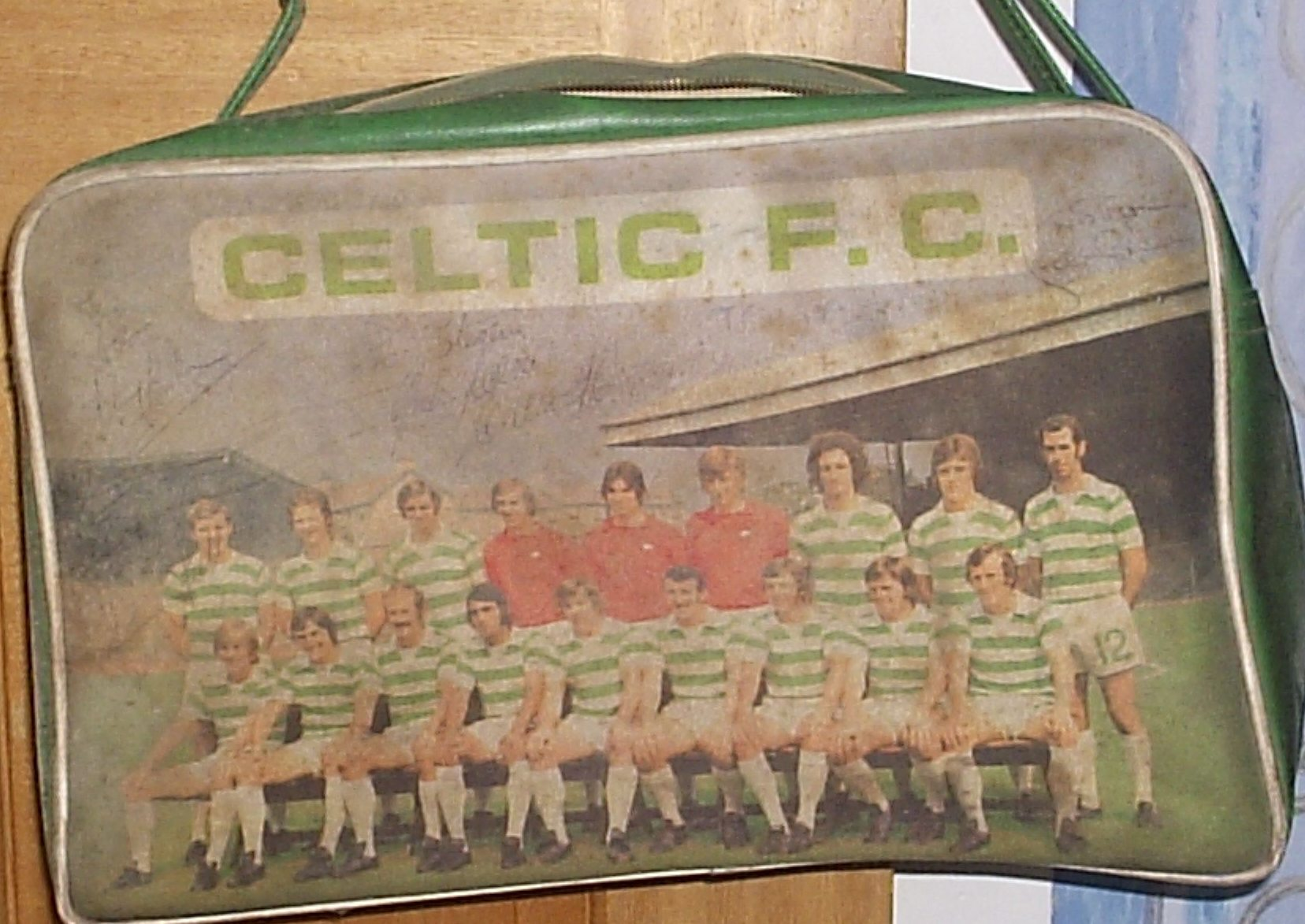 2353fd3c81d Celtic holdall circa 1975. One night my dad attended a sportsman's night in  the mid 1970's. There were three prizes in the raffle and the bold yin won  two ...