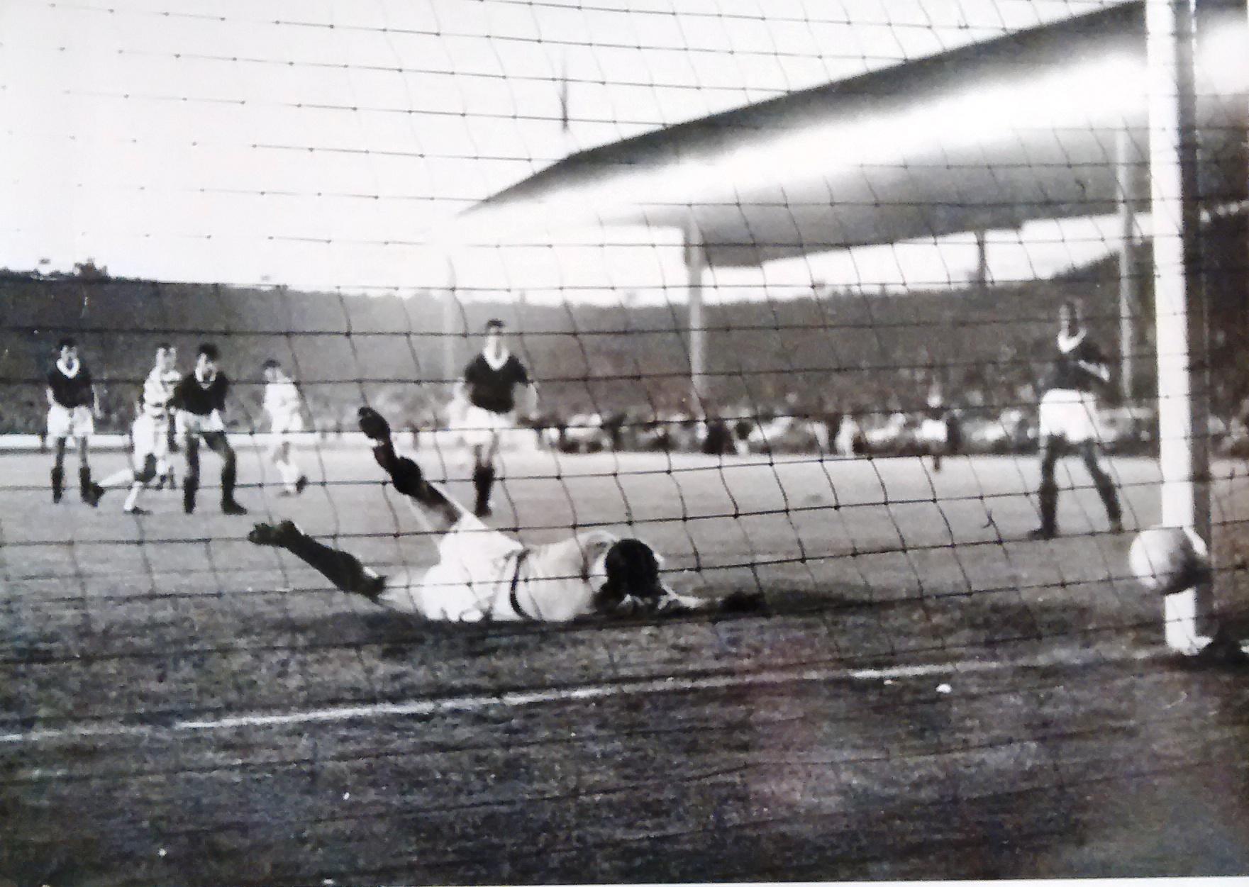 HIS GREATEST GAME – BOBBY LENNOX – 1966 RANGERS 0-4 CELTIC